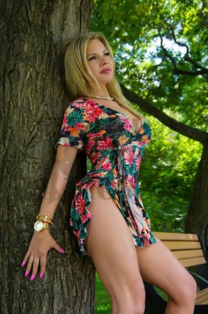 Fatiah incall escorts in New Ulm