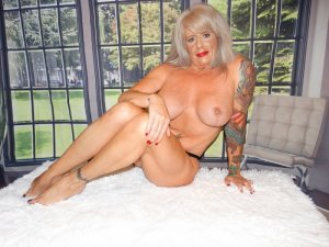 Sylvette cougar incall escorts in Goshen